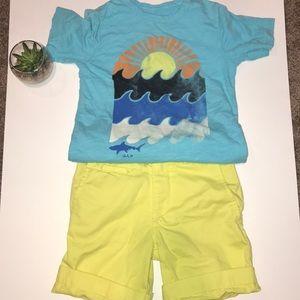 Boys GAP t-shirt and short set size 5